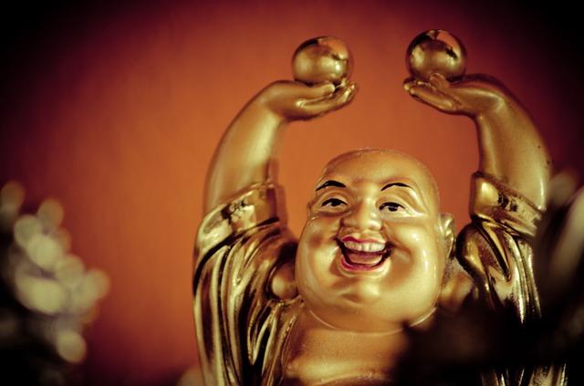 Les sens en soi sophrologie Yoga du rire buddha